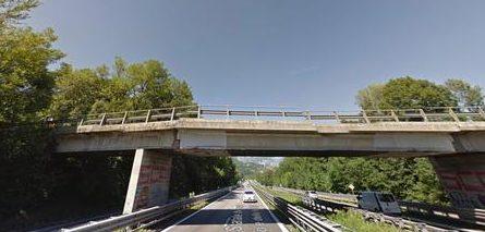 In una foto tratta da google maps il cavalcavia della statale 36 Milano-Lecco prima del crollo, 28 ottobre 2016. ANSA/GOOGLE MAPS ++ NO SALES, EDITORIAL USE ONLY ++