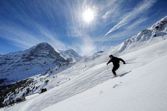 sciare-montagna-sole